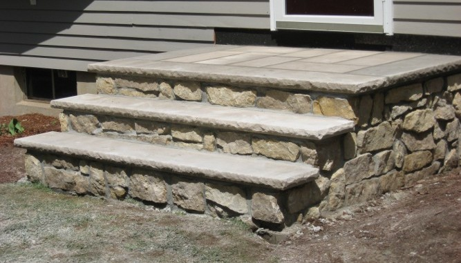 Beau Sydney Natural Stone Veneer With Limestone Treads
